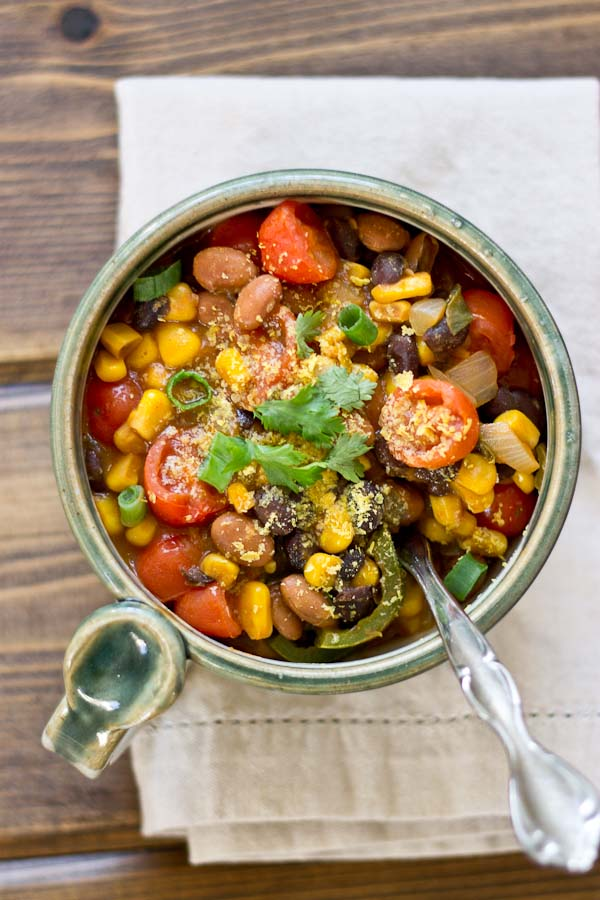 Southwestern Bean Soup: All it is are some beans, veggies, vegetable broth, and spices. The combinations of the flavors work so nicely together to give you a fresh, flavorful taste with a kick. Your taste buds will be begging for another bite!